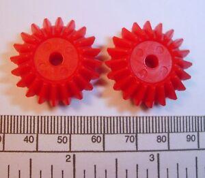 Bevel gears - pair - red nylon (module 1) - 4mm bore - 27 x 6mm