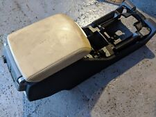 RANGE ROVER L322 CENTRE CONSOL WITH LIGHTSTONE CREAM ARM REST