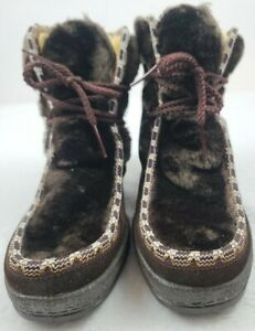 Quoddy Vintage Brown Faux Fur Moccasins Leather Upper Boots Women's Size 7