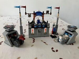 LEGO (CHATEAU / KNIGHTS KINGDOM II) : SET 8779 : THE GRAND TOURNAMENT