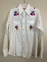 Vintage 70's Western Rodeo Shirt Ely Plains Embroidered Floral Blouse Pearl Snap