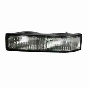 Turn Signal / Parking Light Assembly Chevrolet C1500 88 - 99 TYC 12-1410-01