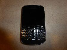 BlackBerry Bold 9930 - 8GB Phone Smartphone
