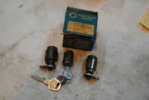 NOS MOPAR 1960 61 DESOTO CHRYSLER IGNITION & DOOR LOCK CYLS & KEYS 2161503