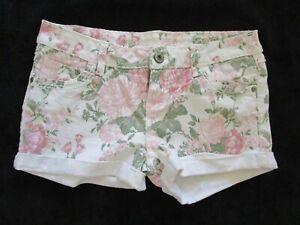 Women's BLUE ASPHALT Shorts White Floral Cotton/Spandex Blend 5 Pocket Size 9