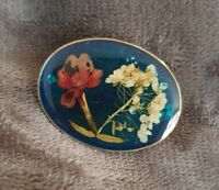 Dried Flower in Resin handmade Brooch pin badge oval silvertone trumpet clasp