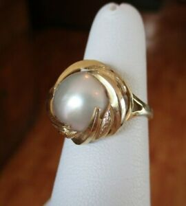 14K Yellow Gold Mabe Pearl Ring Size 6