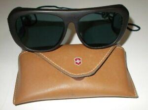Vintage Swiss Army Brand Sportsman Sunglasses Glasses w Case