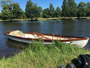 Double Salters Skiff 16ft Rowing Boat and Trailer. Good condition. On the Thames
