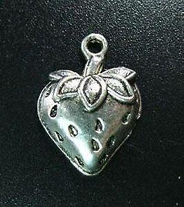 20pcs Tibetan Silver Strawberry Pendants R706