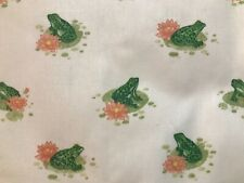 """Cotton Fabric Material frogs Quilt Sew Green Frogs on Lily Pad """"Spectrum� Bty"""