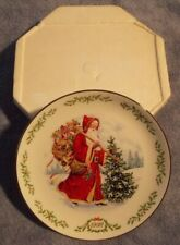 Lenox 1992 International Santa Claus Collector Plate Kris Kringle with box