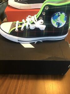 Chuck Taylor All Star High 'World Peace - Green Red' 167367F Size 10