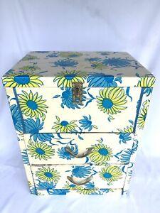 """VTG 2 Drawer Top Lid Quilted Vinyl Cardboard Dresser Hippy Green Blue Flower 20"""""""