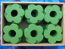 240 Stück Holzblumen Holzblüten Lochblumen apfelgrün 4cm in 5 Holzboxen