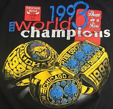Vintage Mens XL 1993 Chicago Bulls NBA Basketball Three-Peat Rings T-Shirt