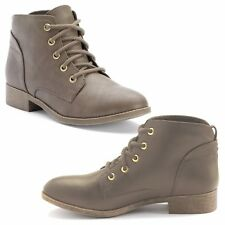 New Candie's Women's Lace-Up Ankle Boots Faux Leather Taupe Size 9 MSRP $59.99