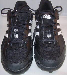 Adidas Football Schuhe Corner Blitz 7 MD Low US 8,5 - EUR 42, black, Neu