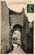 CPA   Condrieu (Rhone) - Ancienne Porte de la Ville    (450602)