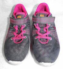 Sz 13.5C Girl's NIKE FLEX FURY Shoe 744545-002 Sneaker Light Gray & Hot Pink