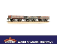Bachmann 37-097 Coal Trader Pack 5 Plank Wagons Weathered OO Gauge