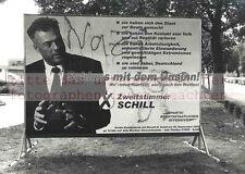 BERLIN:WAHLPLAKAT für KOKSER SCHILL - DDR-Fotograf Gerd DANIGEL auf TETENAL Work