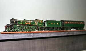 Flying Scotsman Model Locomotive with Tender and Carriage. Scratch Built.