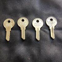 Lot Of 4 Vintage YALE Junior Key Blanks Padlocks Yale & Towne