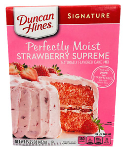 Duncan Hines Signature Perfectly Moist Strawberry Supreme Cake Mix 15.25 oz
