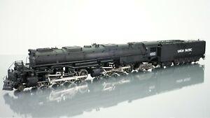 Rivarossi 4-8-8-4 Big Boy Union Pacific 4002 HO scale