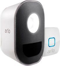 Arlo - Indoor/Outdoor Smart Home Security Light Wire-Free, Rechargeable (1-Pack)