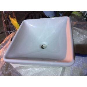 Villeroy & Boch Ceramic Sink