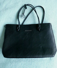 LOVELY, BLACK TOTE BAG BY MICHAEL KORS - HARDLY USED BUT HAS DEFECTIVE ZIP