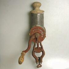 Große antike Non Plus Ultra Küchenreibe Reibe Gewürzmühle 41 cm