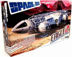 C.P.M. MPC MPC923 1:48 Space:1999 Eagle II with Lab Pod Model Kit