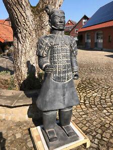 Terrakotta Soldat 193cm (Armee, Soldat, Krieger), lebensgroß, anthrazit