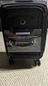 "DELSEY Paris 40229180500 21"" Expandable Spinner Hyperglide Suitcase, Black"