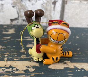 Garfield the Cat & Odie the Dog Christmas Ornament Wooden, Excellent Condition