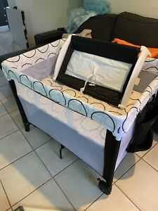 Childcare 4-in-1 travel cot