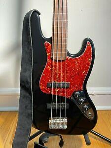 Fender FRETLESS Jazz Bass MIM with Hard Case and Gig Bag, 1990s, PRISTINE, Black