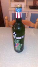 Bouteille de vin sérigraphiée, gravée WorlCup USA94 (VIDE)