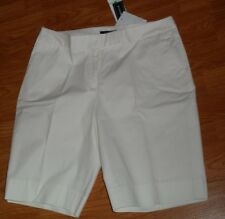 *JONES NEW YORK SIGNATURE BERMUDA SHORTS SIZE 8P STRETCH WHITE MSRP:$49.00 NWT