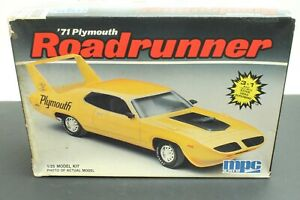MPC 71 Plymouth Roadrunner 1:25
