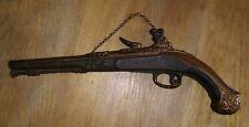 Vintage Sexton Gun Dueling Pistol Plaque Metal Wall Hanging Flintlock Decor L@K