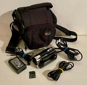 PANASONIC SDR-S26 Video Camera Camcorder Bundle w/ 2gb SD-Charger-Black Body