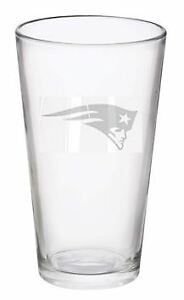Sports New England Patriots football hand etched glass cup 16 oz