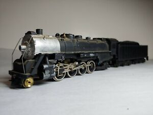 Vintage HO Scale Mantua steam engine Mikado metal boiler, plastic cab &  tender