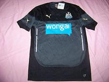 Puma Men's Newcastle Soccer Traning Jersey Nwt Medium