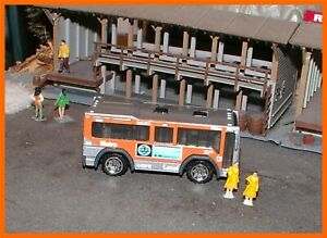 2004 Matchbox _ HO Scale _ City Bus _ Metro Local _ Native American Iconography