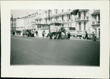 Hastings Carinval 1934 Circus Elephant & Horse outside Queen's Lounge Bar  DA25C